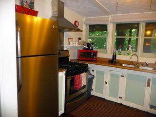 Seven Springs cabin photo - Kitchen with new full-size stainless steel appliances
