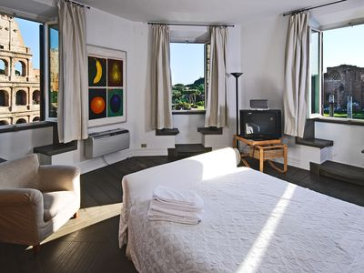 Master bedroom with Colosseum and Roman forum view.