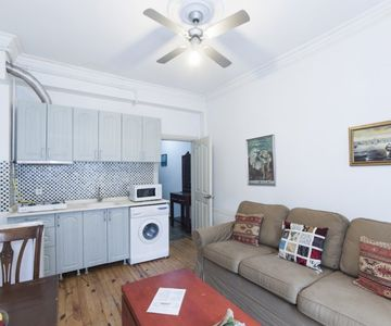 1+1 Daily Rentable Apartment in Taksim - Taxim