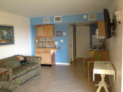 Steps from the Beach  1BD King/1BA  Condo Oceanfront BLD Oceanview unit