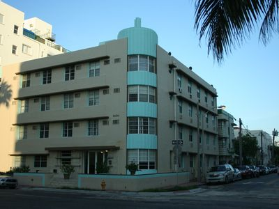Designer Decorated Art Deco Condo Across the Street from Beach