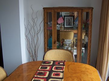 COMPLETLEY FURNISHED DINING ROOM WITH VIEW OF THE RECOLETA