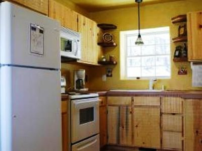 Ruidoso cabin rental - kitchen