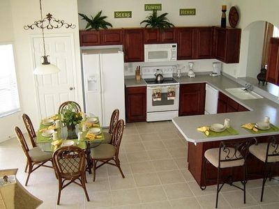 Huge, Fully-equipped Gourmet Kitchen with Breakfast Nook & Counter Seating for 8