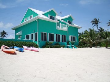 The Secluded Caymanease Beach