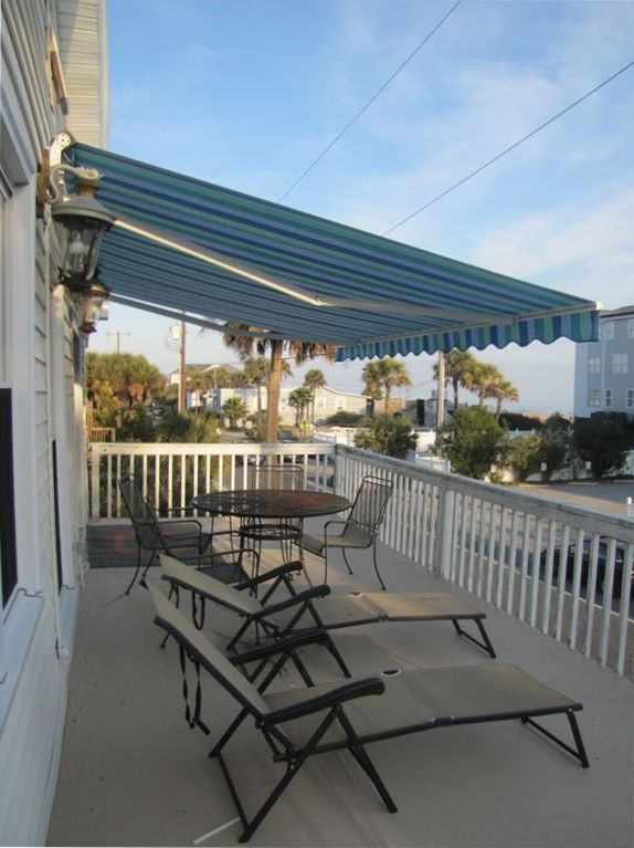 upstairs deck with awning