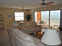 Beach Paradise on the 5th Floor with a Spectacular View