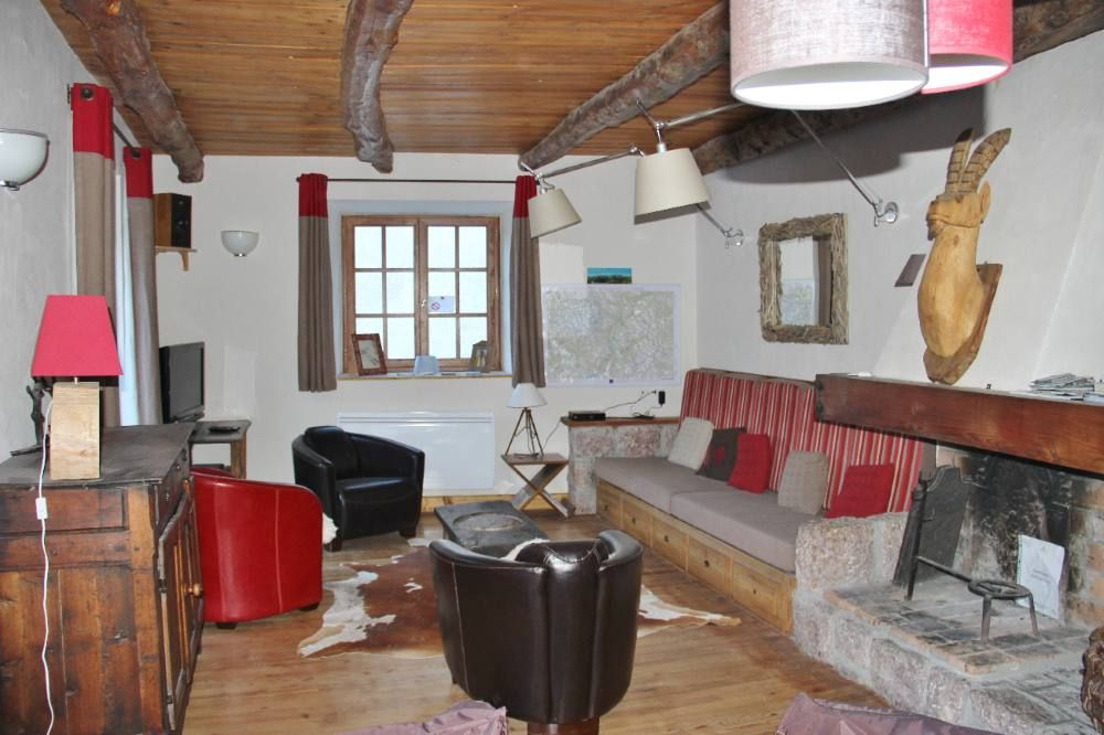 Holiday apartment, 100 square meters , Le Monetier, France