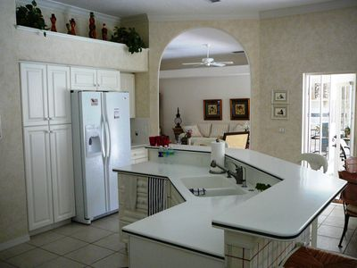 Plantation house rental - Kitchen-Dinette Area on right