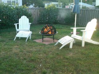 Wellfleet cottage photo - Backyard lounging
