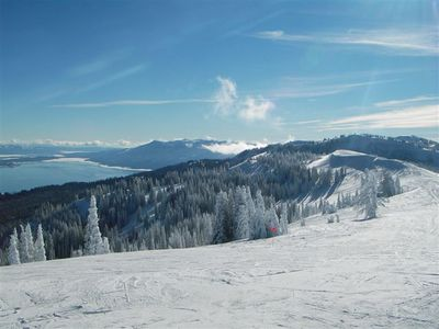 A beautiful ski mountain with great terrain and snow and tremendous views !