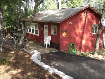 Watanda Cabin, w/ remodeled Kitchen, BR/Shower, Bdrm w/ queen bed.