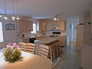 Holgate house photo - Spacious Kitchen table seats 8 Island seats 4