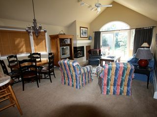 Bretton Woods townhome photo - Sink into the couch, read, watch TV, light a fire, snooze....