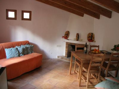 Compact house ('casita') in historic village of Fornalutx, with wifi internet