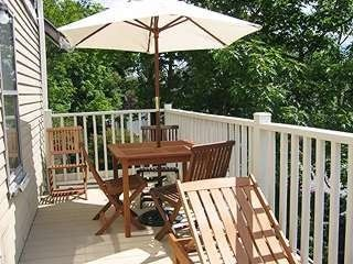 Old Orchard Beach cottage photo - Spacious Sunny Deck