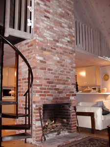 Oak Bluffs house rental - A wonderful fireplace