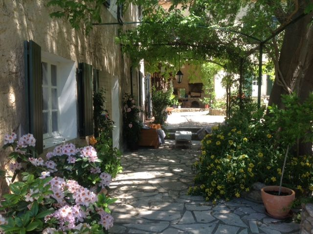 Air-conditioned accommodation, 250 square meters, great guest reviews