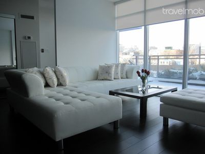 GRAND LUXURY DOWNTOWN TOWN HOUSE