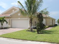 BRAND NEW TWIN VILLA in FORT MYERS AVAIL FOR RENT IN JANUARY!