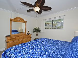 Pacific Beach condo photo - King bed, can also be used as two twin beds