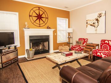 Port Royal house rental - Cozy living room with fireplace. Enjoy your music with our Bluetooth sound bar.
