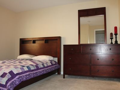 Bedroom 2 - Queen Bed