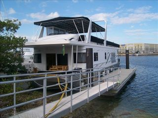 Key West house boat photo - House Boat Rental with Wi-Fi in Key West Harbour