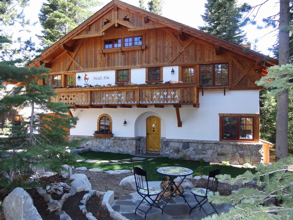 Gorgeous Chamberlands Tyrolean Family Chalet Vrbo