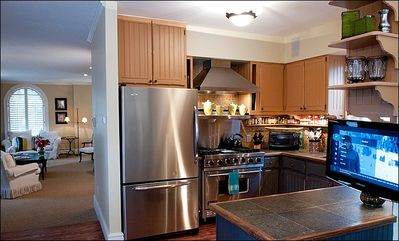 Newly remodeled kitchen Viking Range and Granite
