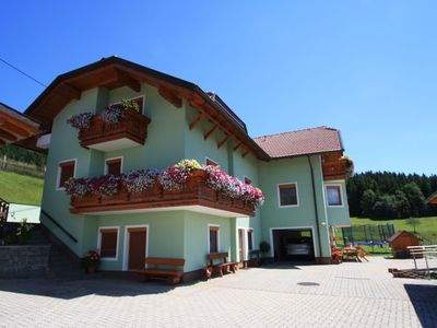 """Very spacious 2 persons apartment in the """"pearl"""" of Carinthia. With swimmingpool"""