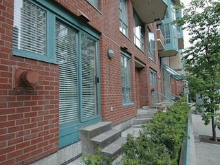Vancouver townhome photo - Two story townhome with bedrooms up & living area down. Dual entrances.