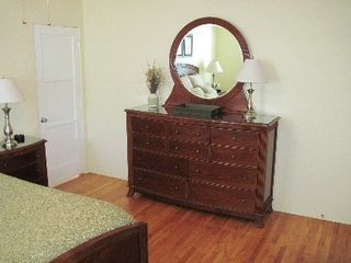 Pacific Beach house photo - Master Bedroom Dresser