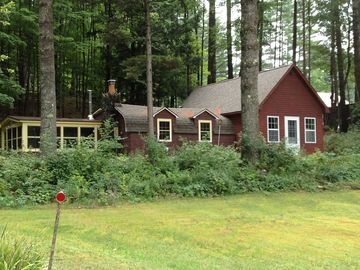 Lake Algonquin - Wells cottage rental - Cottage; Quiet, cozy with lake and mountain views.