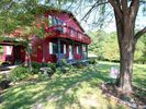 Hocking Hills Farmhouse Rental Picture