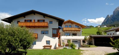 image for Vacation apartment, quiet, surrounded by green, near city & swimming lake