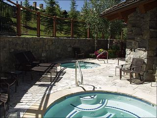 Avon house photo - Shared Outdoor Hot Tubs