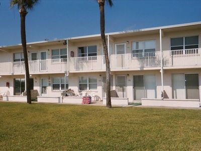 Ground floor access, 12 units . privacy.. or action @ the pier in a 10 min walk