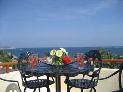 Roof top terrace Los Suenos with beautiful view over the ocean and beach