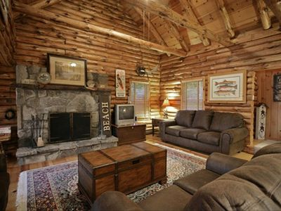 Katskill Bay cabin rental - The cabin offers a wood burning fireplace, cable and wireless internet.
