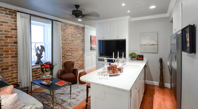 Two Bedroom Apartment In French Quarter