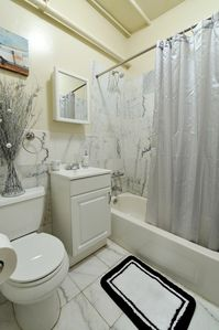 Midtown Manhattan apartment rental - .
