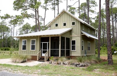 Discover Old Florida at SummerCamp Beach, Gulf Views From Front Porch, Sleeps 6