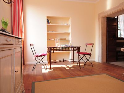 Quiet Historical Building with View Over The Wine Court Yards, 15 km from Verona