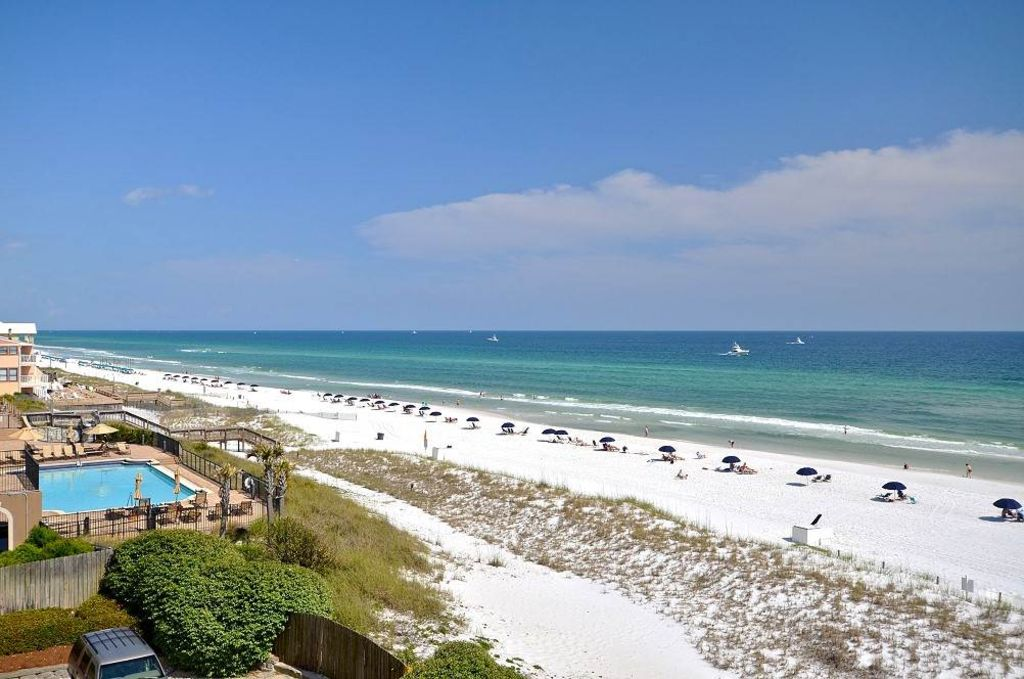 The Inn At Crystal Beach 403 2 Br 2 Ba Vrbo