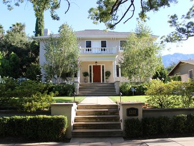 1922 Grand Italian Revival Home in Pasadena Landmark District