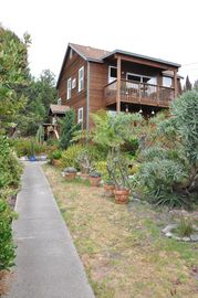 Monterey house rental - Gardens and views!
