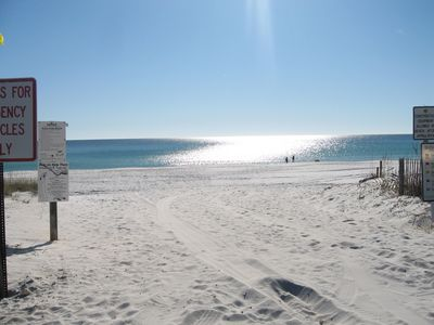 The entrance to the beautiful beach!