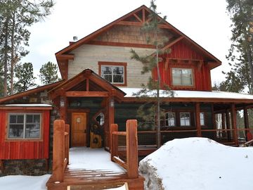 Lead cabin rental - Walk up to this gorgeous cabin for your vacation