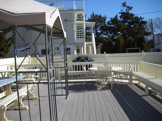 Beach Haven Garden house photo - Lge. Outside Deck with other table w/umbrella, 3-off st. parking, New Gas Grill,